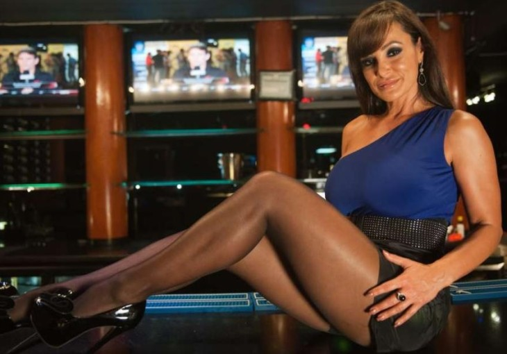 Lisa Ann Escort