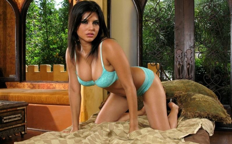 Sunny Leone Webcam