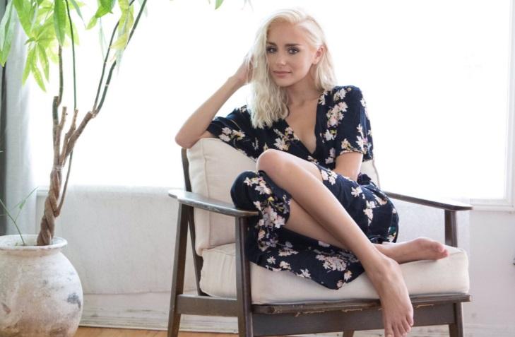 Young Porn Actress 2017